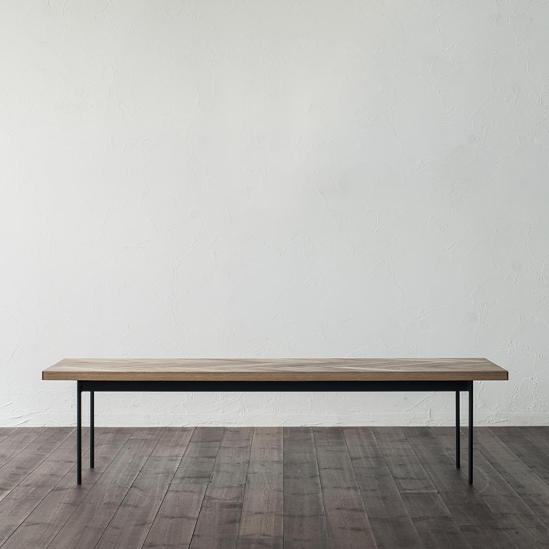 ミズ ヘリング ローテーブル